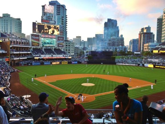 Padres-home-run